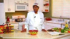 Rođen davne 1901. godine, Bernando LaPallo je i dalje vitalan, a smatra da je dobro zdravlje i dug život zaslužan poseban način ishrane. Ovaj vremešni gospodin iz Arizone kaže da je izbjegavao jes…