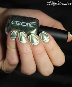 Coco ▲ ▼ ▲ ▲ ▼ ▲ 's nails: Green Force ... with Floss Gloss & Ozotic