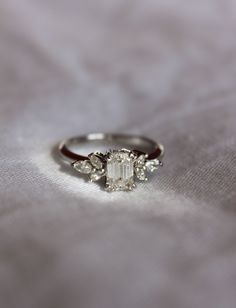 My beautiful engagement ring ~ #thestylepaletteco #bondstreetjewellers #beautiful #meganddeansayido #shareitwiththeworld