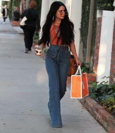 11 Looks da Vanessa Hudgens Por Aí (Parte 2)