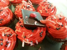 Graduation cupcakes EWU