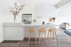 Ivanhoe Residence kitchen by Doherty Design Studio. Photographer: Lisbeth Grossman.