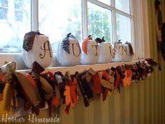 Thanksgiving Garland...craft night? Fall Pumpkins, Halloween Pumpkins, Fall Halloween, Fall Garland, Diy Garland, Garlands, Holiday Day, Jolly Holiday, Thanksgiving Photos