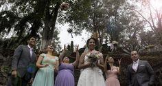 Servicio de fotografía y video para bodas. Fotografía realizada por Martín Serafin para Studio La Bodega.