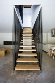 Floating stairs - Blur Architectura