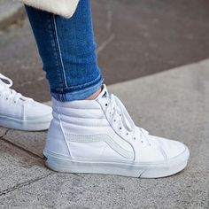 Classic Sk8 Hi Trainers In All White - White Vans byS5l6LK