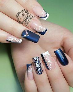 New Trendy Nail Art Designs For Long Nails For Girls - ladynailpolish Elegant Nail Art, Trendy Nail Art, Stylish Nails, Bling Nails, Gel Nails, Acrylic Nails, Nail Nail, Nail Glue, Nagellack Trends