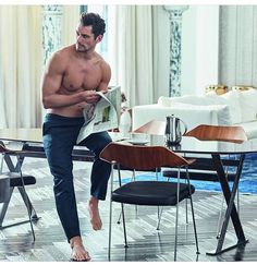 David Gandy Autography x Marks and Spencer loungewear collection. David Gandy is back with another Autograph clothing line. See and Shop all the clothing. David Gandy Style, David James Gandy, Famous Male Models, Barefoot Men, Good Looking Men, Lounge Wear, Lounge Pants, Beautiful Men, Hot Guys