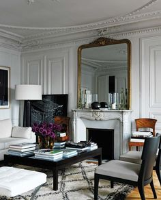 Old & New - Architectural mouldings with modern furniture