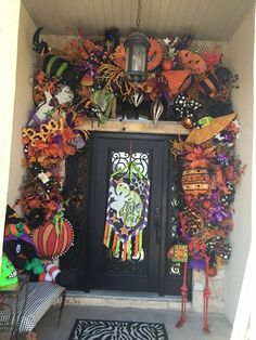 Halloween Garland, Halloween Magic, Scary Halloween Decorations, Spooky Halloween, Halloween Themes, Halloween Crafts, Halloween Stuff, Holiday Decorations, Halloween Costumes