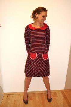Knielange Kleider - ♥♥♥Kleid Penelope mit Kragen ♥♥♥ - ein Designerstück von LittleSubmarine bei DaWanda