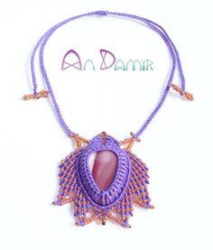 latumi lily necklace