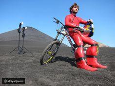 رقم قياسي جديد بدراجة هوائية .. لن يمكنك تصديقه @alqiyady