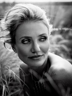 Cameron Diaz Is Full-On Gorgeous In New Esquire Cover Shoot
