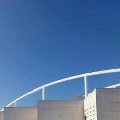Cielo despejado en la Estación Intermodal #zaragoza
