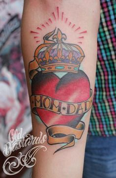 Mom&dad, crown, traditional tattoo