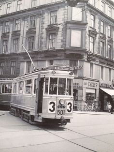 Old tram at the corner of Nørrebrogade/Elmegade Nørrebro