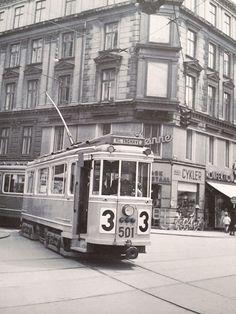 Old tram at the corner of Nørrebrogade/Elmegade Nørrebro