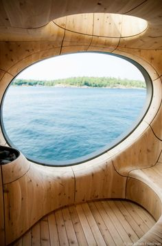 This Sauna Spreading over 800 square feet, rising from a prehistoric large-scale rock formation on a private island along the Georgian Bay in Canada. The free-standing sauna was designed for a private client by PARTISANS. Top Furniture Stores, Cool Furniture, Home Decor Online, Diy Home Decor, Home Decor Instagram, Interior Design Guide, Shaped Windows, Sauna Design, Organic Architecture