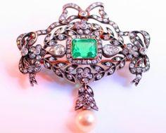 vintage emerald and diamond brooch