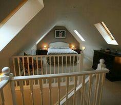 Slanted ceiling//