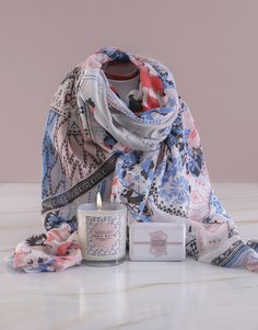 Spoil Gran on Grandparents' Day 2019, with a stylish scarf set that includes a luxurious bath and body surprise. When it comes to Grandparents' Day gifts, NetFlorist has pulled out all the stops to make your grandma and grandpa feel utterly special. This gift for your grandmother is both pampering and sentimental. Go on and wish her a Happy Grandparents' Day! With us, you can order Grandparents' Day gifts online for delivery... What better way to do it? Pink Happy Birthday, Happy Birthday Candles, Elizabeth Arden Red Door, Happy Grandparents Day, Heart Balloons, Grandpa Gifts, Luxury Bath, Online Gifts, Bath And Body