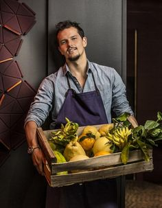Recettes Juan Arbelaez - Elle à Table Cider House, Le Chef, Food And Drink, Menu, Cooking, Healthy, Kitchen, Table, Homemade Food