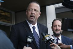 S.F. cops who wrote racist text messages win court ruling - San Francisco Chronicle
