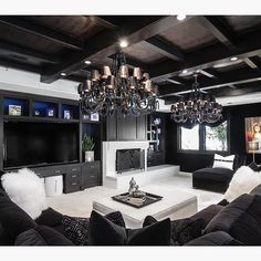 Talk about dramatic! By Orange Coast Interior Design
