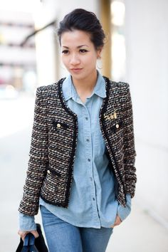 Love love love this boucle jacket (chanel inspired) Tweed Chanel, Look Camisa Jeans, Work Fashion, Fashion Looks, Fashion Tag, Petite Fashion, Mode Outfits, Fashion Outfits, Moda Chanel