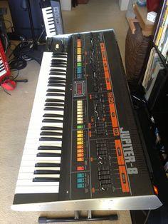 MATRIXSYNTH: Roland Jupiter 8 Synthesizer SN 050264