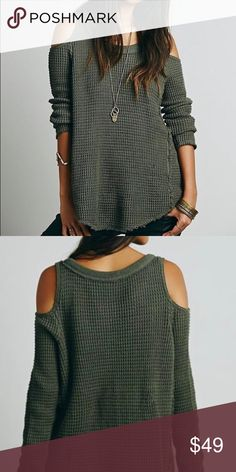 Free People Sunrise Cold Shoulder Barely worn Free People Sweaters