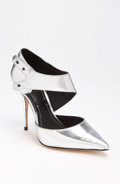 Elizabeth and James 'Sand' Pump | #Nordstrom #shoes #falltrends