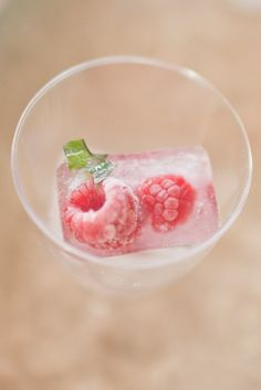 Chic Sweet Pink Bridal Shower Inspiration | Weddingomania