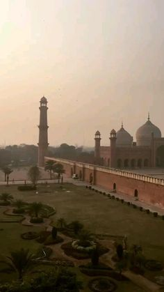 Pakistan Tourism, Pakistan Travel, Lahore Pakistan, Aesthetic Photography Nature, Nature Photography, Travel Photography, Ghost Photography, Sky Aesthetic, Travel Aesthetic