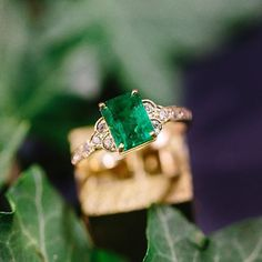 Stunning vintage-inspired Emerald Cut emerald diamond engagement ring from Claire Pettibone 3 Engagement Jewelry, Vintage Engagement Rings, Vintage Rings, Diamond Engagement Rings, Vintage Jewelry, Unique Vintage, Emerald Diamond, Emerald Cut, Emerald Green