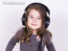 Reklámkampányhoz készült Headset, Headphones, Electronics, Ear Phones, Ear Phones, Helmet