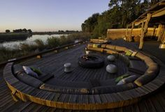 Kings Pool Camp - The boma area is perfect for lunch, dinner or just relaxing