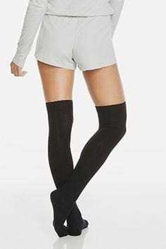 Accesorios | Fabletics calcetines altos hasta la rodilla.