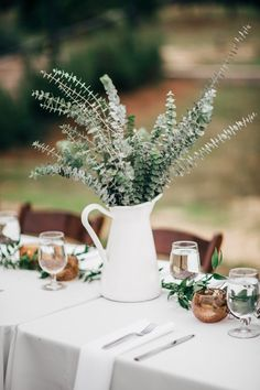 Greenery wedding centerpieces - Wedding table decorations - Wedding table settings - Greenery we Burlap Table Decorations, Rustic Centerpieces, Wedding Decorations, Simple Wedding Centerpieces, Greenery Centerpiece, Centerpiece Ideas, Farm Wedding, Rustic Wedding, Wedding Reception