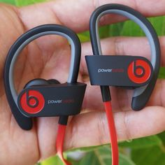 Cheap Beats by Dr Dre High Definition On Ear Headphones available. Running Headphones, Wireless Headphones, Beats Headphones, In Ear Headphones, Cheap Beats, Men's Health Fitness, Beats Studio, Beats By Dre, Cool Gadgets