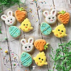 """568 Likes, 15 Comments - Sarah Brumit (@sarahscustomcookies) on Instagram: """"Link to order Easter cookies is in my profile! Option 1- mini box! #customcookies #decoratedcookies…"""""""