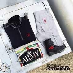 #black #reddesert #shoes #doublered #army #armystyle #armyboots #armyfashion #military #militarystyle #militaryboots #unisex #soldier #offroad #offroadboots #offroadlife #streetwear #streetstyle #streetfashion #reddressing #drdresscode #drrules #fashionkiller #menswear #mensfashion Military Fashion, Mens Fashion, Sporty Outfits, Offroad, Streetwear, Outfit Ideas, Dressing, Army, Menswear