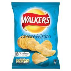 Ostchips: 3/5 Walkers Cheese & Onion with cheddar from somerset (English Shop): Mycket goda potatischips, med exakt rätt krispighet. Tyvärr smakar de för mycket potatis och för lite ost. Goda som vanliga chips bara.