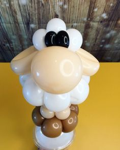 Balloon animal Cute Sheep by With a Twist Balloons