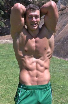 Muscle jock Cameron (Sean Cody model)