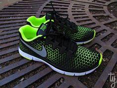 Nike Free 3.0 – Black/Volt