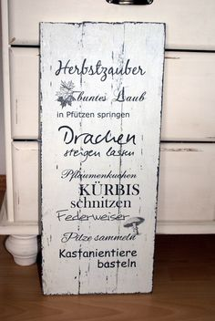 rustikales holzschild aus paneelen im shabby chic style. Black Bedroom Furniture Sets. Home Design Ideas