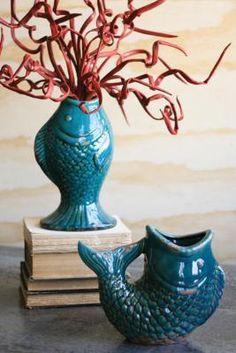 U-shaped fish vase