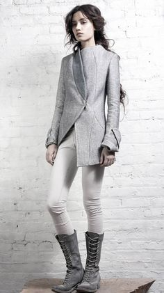 futuristic blazer. Love the Style. styling. Grey. Business outfit. Fashion